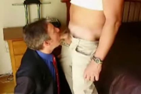 Daddy In A Suit Eagerly sucking rod