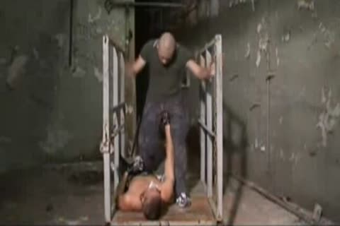 Skinhead Factory pounding